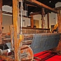 800px-Museo_del_Tessuto-telaio