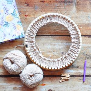 Workshop di maglia al telaio