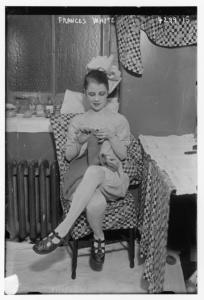 Tutti lavorano a maglia - Frances White