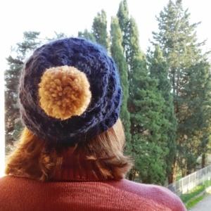 Il cappello con pon pon - Mamaglia